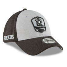Oakland Raiders New Era 2018 NFL On Field Road 39THIRTY Cap